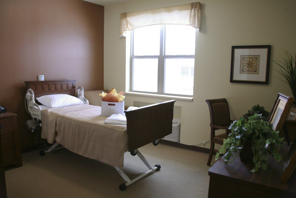Rooms Bridge Care Suites